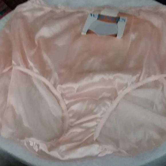 vintage Warner's Panty NWT sz. 9